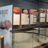 Sonderausstellung zur Geschichte des Brotbackens im archeoParc SchnalstalMostra temporanea sulla storia della panificazione nell'archeoParc Val SeanlesSpecial exibition about the history of bread making at the archeoParc Val Senales