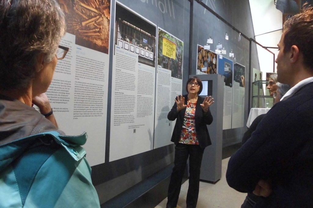Kuratorenführung in der Sonderausstellung<br/>Visita guidata delle curatrici lungo il percorso della mostra temporanea <br/>Guided tour at the temporary exhibition