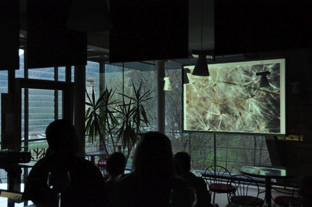 "Eröffnung der Fotoausstellung ""Cimelia"" von Daniela Brugger aus Karthaus<br/>Inaugurazione di ""Cimelia"", una mostra della fotografa senalese Daniela Brugger<br/>Opening of the photography exhibition by the South Tyrolean photographer Daniela Brugger"